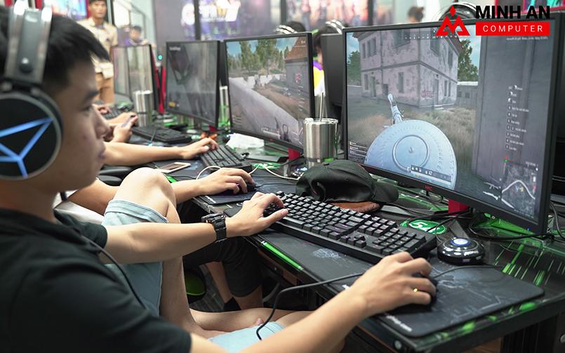Diamond Gaming Center - Cyber Game tiêu chuẩn quốc tế