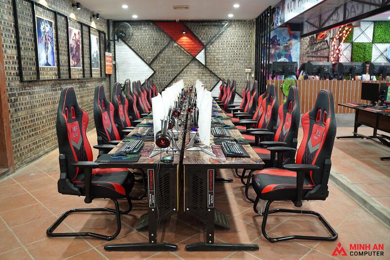 Trang trí phòng net tại Minh An